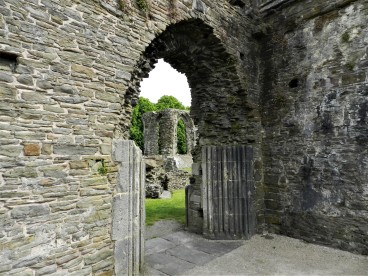 Neath Abbey through to Cathedral