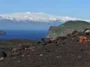 Eldfell foreground, Eyjafjallajökull in distance